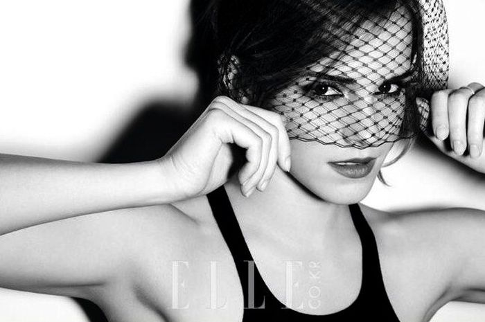 The Sexiest Emma Watson Photos (40 pics)
