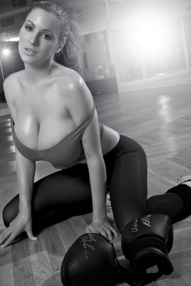 Beautiful Busty Girls. Part 8 (55 pics)