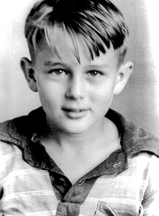 Old Photos of Famous People (40 pics)