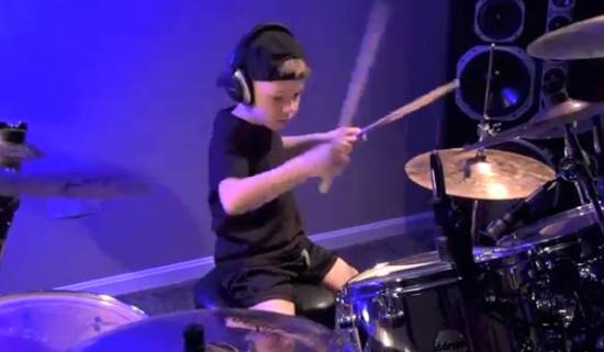 6-Years-Old Drummer Shows Skills