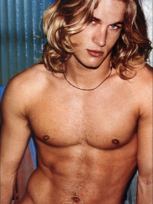 Hot Calvin Klein Model Then and Now (7 pics)