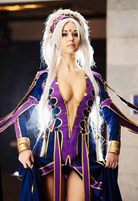 The Most Beautiful Girls of Cosplay (45 pics)