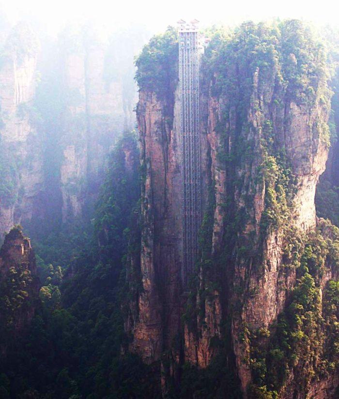 The Bailong Elevator (7 pics)