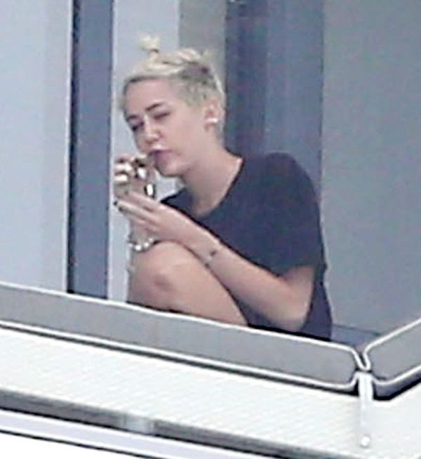 Miley Cyrus Smoking A Joint (11 pics)