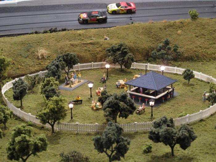 Mikks Motor Speedway (36 pics)