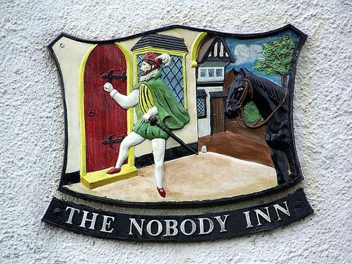 Pub Names In Britain (23 pics)