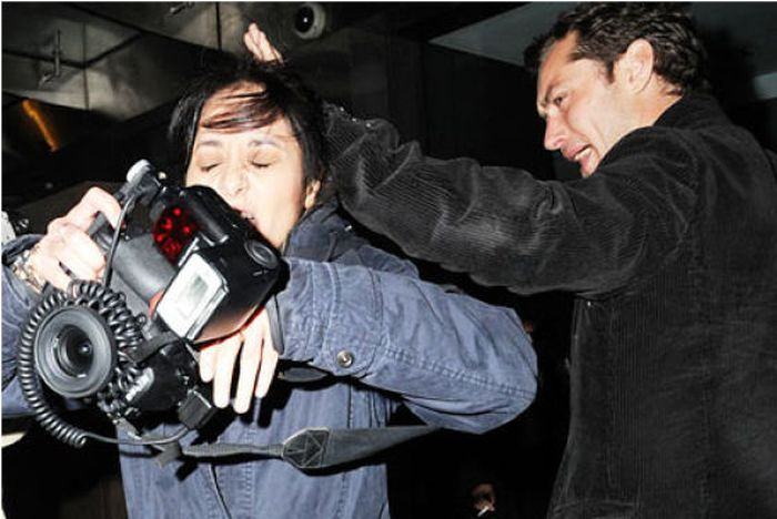 Celebrity vs Paparazzi (35 pics)