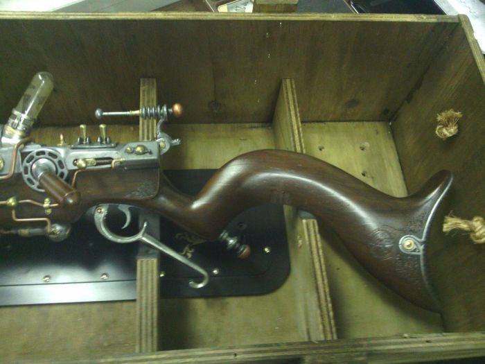 Awesome Raygun (10 pics)