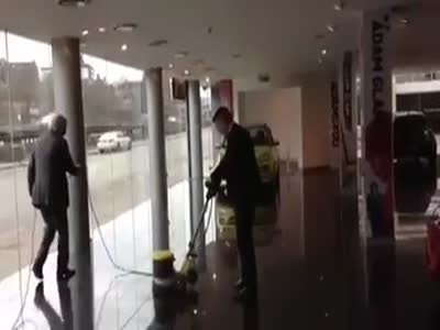 Funny Floor Cleaning Fail