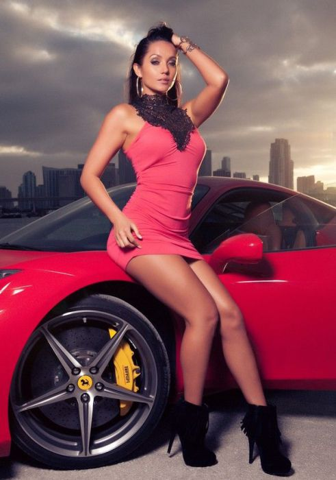 Girls and Cars. Part 3 (103 pics)