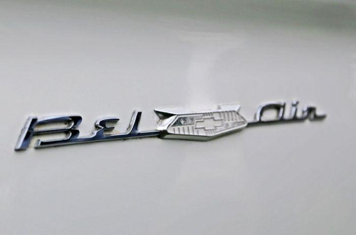 Retro Car Logos (159 pics)