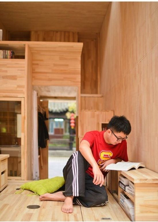 Student from China Builds a Tiny House (14 pics)
