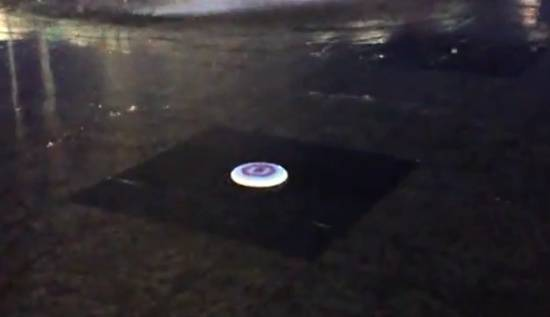 Coolest Frisbee WIN Trick That I Ever Seen