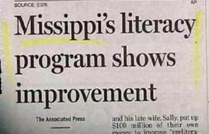 WTF Newspaper Headlines (21 pics)