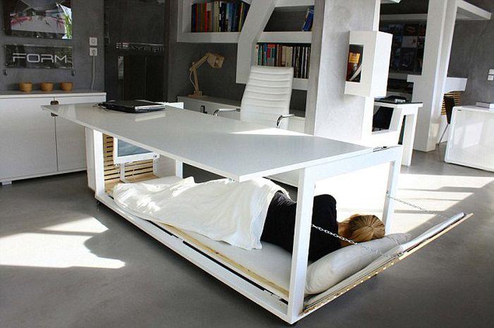Transforming Desk (4 pics)