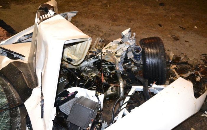 Mercedes-Benz SLS AMG Roadster Crash (8 pics)