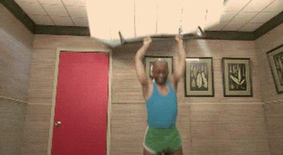 Workout Fails (19 gifs)
