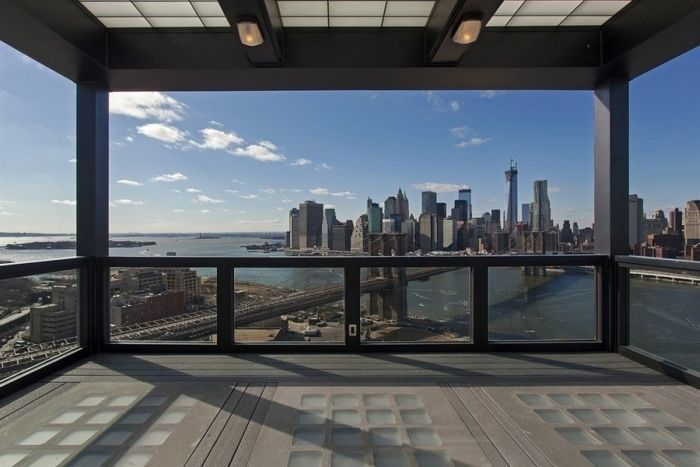 Old Clock Tower Converted Into a Penthouse (14 pics)