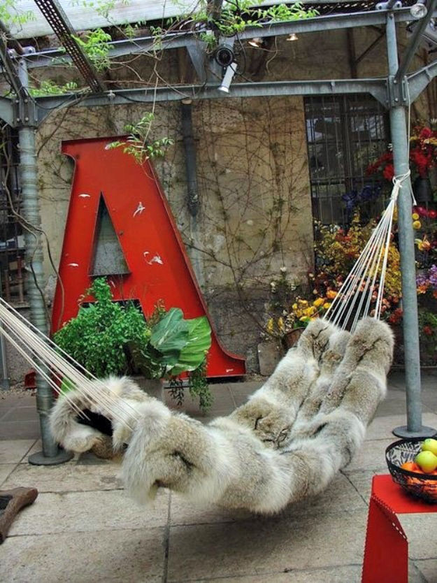 Great Places for Hammocks (33 pics)