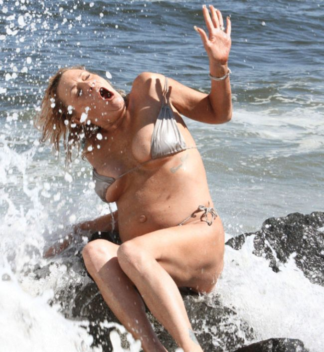 Tan Mom, Patricia Krentcil, Bikini Photoshoot (5 gifs)