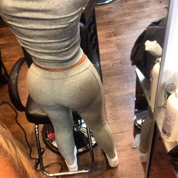 Girls in Yoga Pants. Part 3 (62 pics)