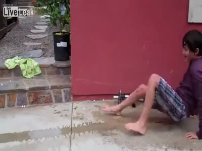 Water Rocket Launcher Faceplant