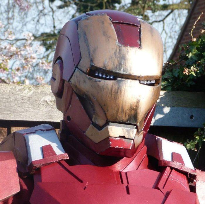 DIY Iron Man Suit (31 pics)