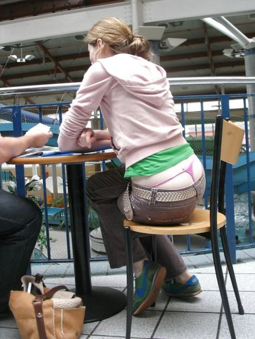 Whale Tail Girl (46 pics)
