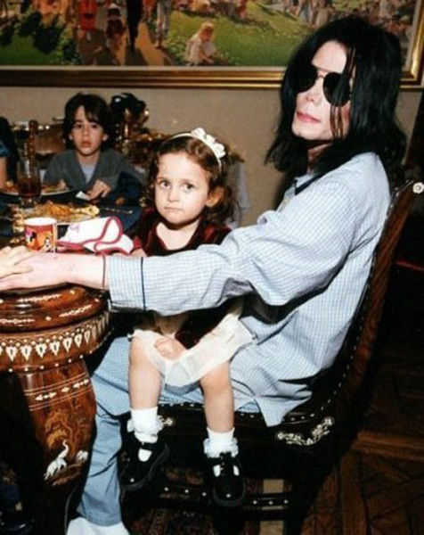 Photos of Paris Jackson (21 pics)
