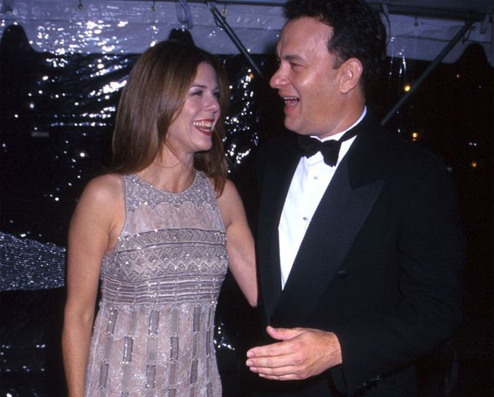 Tom Hanks And Rita Wilson 25 Years Later (25 pics)