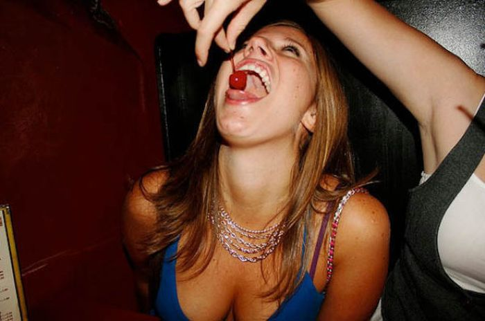 Party Girls (40 pics)