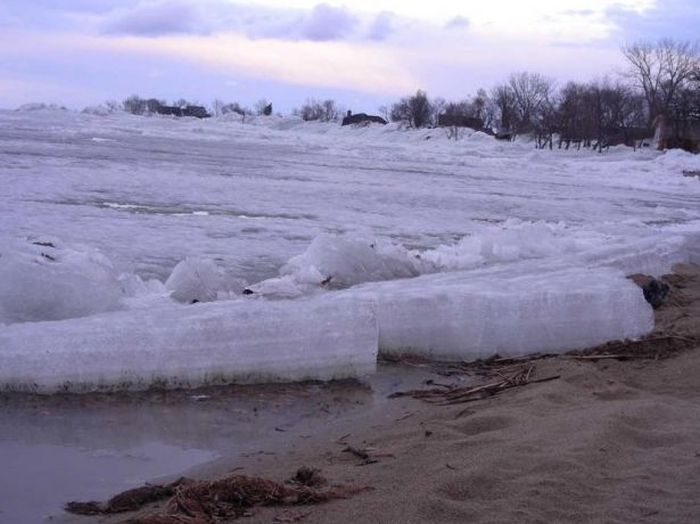 Wall of Ice (13 pics + video)