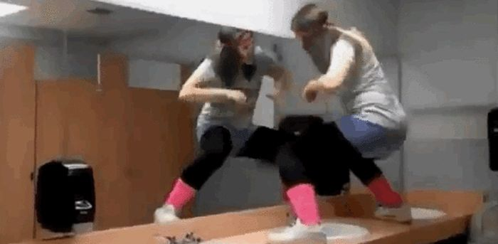Faceplants (26 gifs)