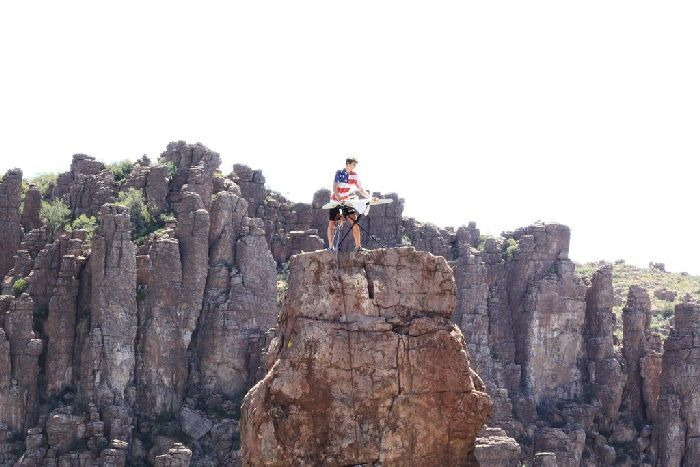 Extreme Ironing at Its Best (4 pics)