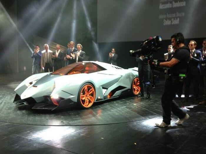 Lamborghini Egoista (15 pics)