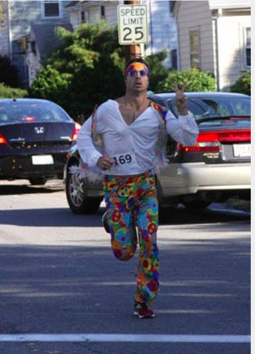 Really Bad Runner Costumes (40 pics)