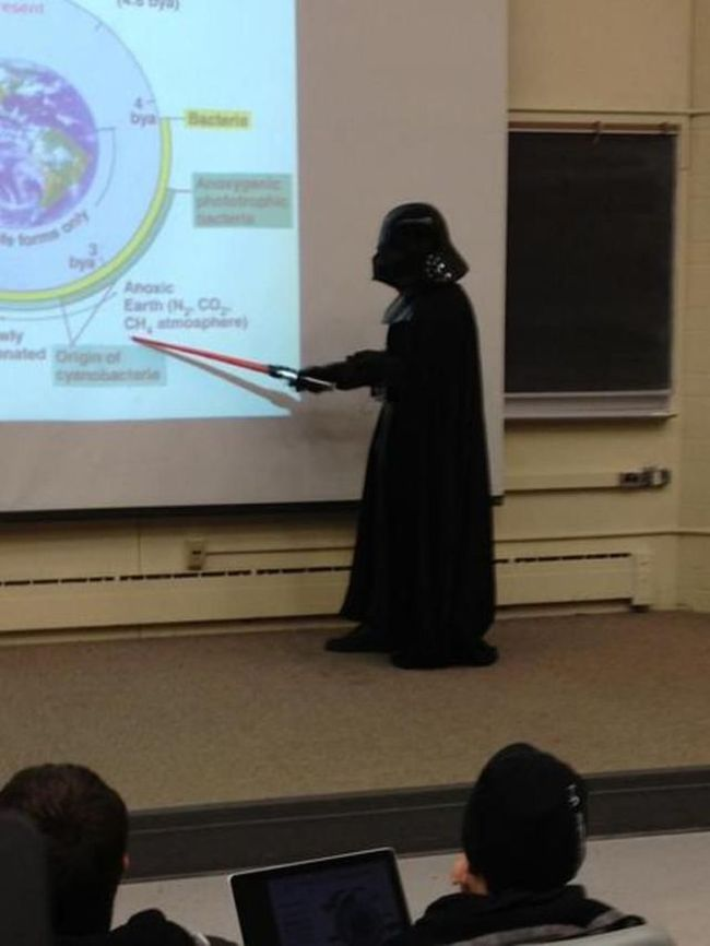College Professors Have Fun (18 pics)