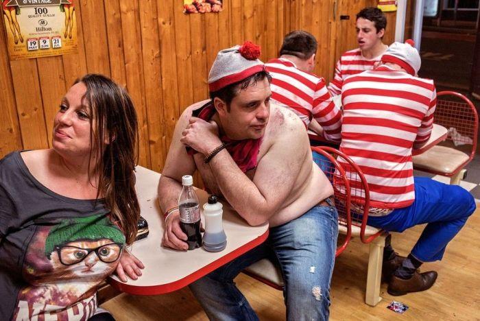 Bachelor Parties (51 pics)