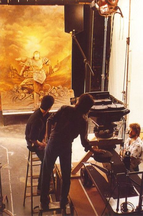Behind the Scenes Photos (100 pics)