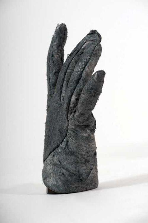 Sharkskin Gloves by Sruli Recht (4 pics)