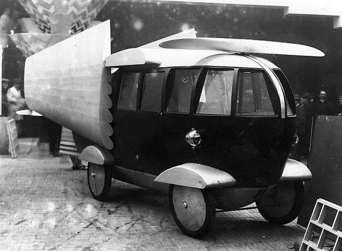 The Most Unusual Retro Vehicles from the Past (24 pics)
