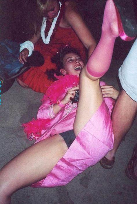 Girls Have Fun (45 pics)