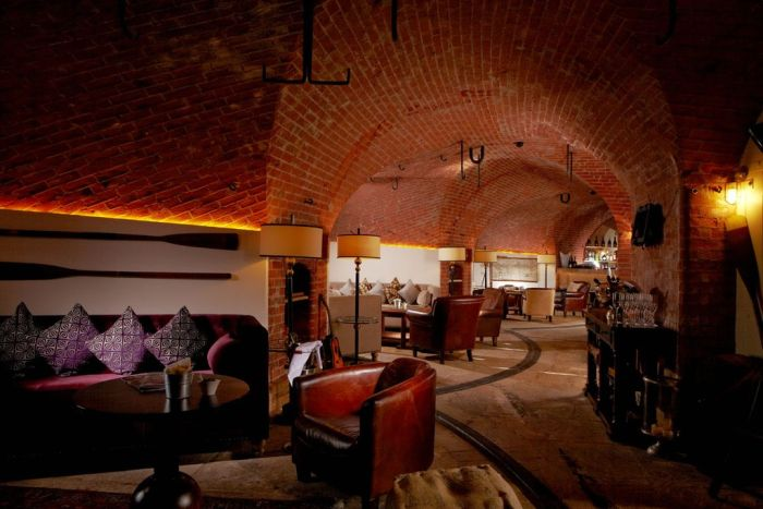 Spitbank Fort Hotel (18 pics)