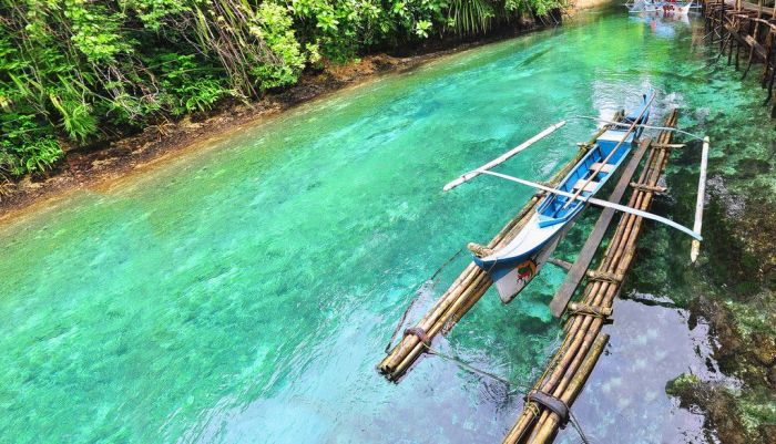 Enchanted River in Surigao del Sur, Philippines (10 pics)