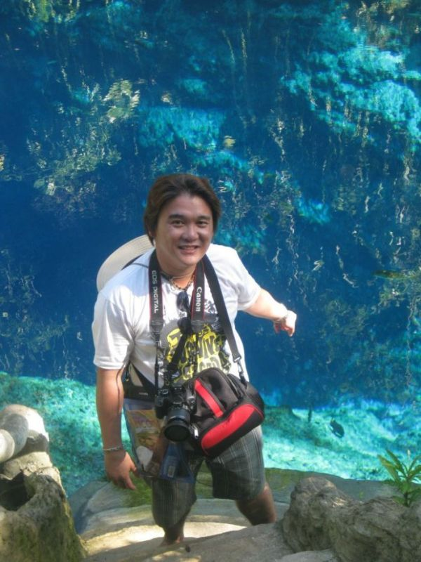 Enchanted River in Surigao del Sur, Philippines (10 pics)