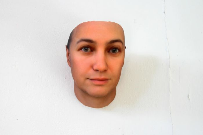 3D Faces Printed from DNA (9 pics)