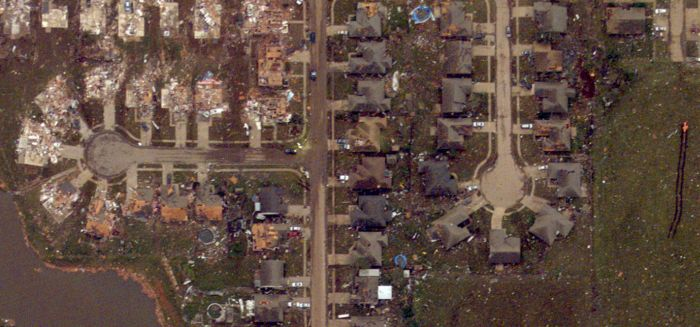 Moore Before and After Tornado (34 pics)