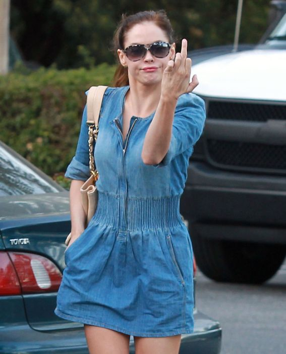 Celebrities Show Middle Fingers (43 pics)