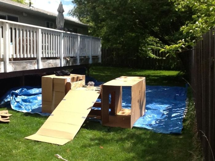 DIY Playground (6 pics)