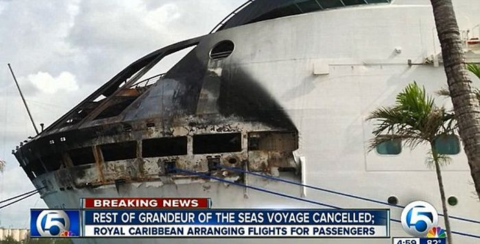 Fire on the Grandeur of the Seas (10 pics)